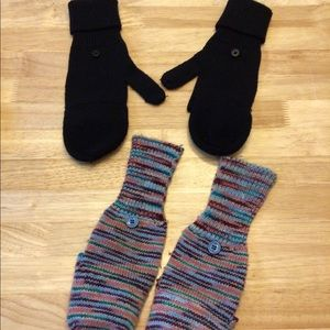Ladies mittens w open fingers small, both pairs
